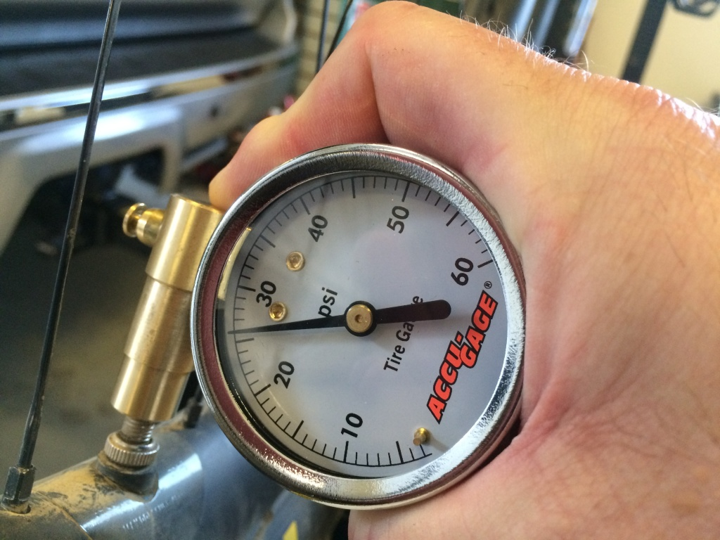Meiser Accu-Gauge 0-30psi Presta-Valve Dial Low Air-Pressure Gauge Fat Bike Tire