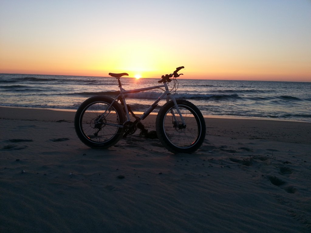 Beach/Sand riding picture thread.-image.jpg