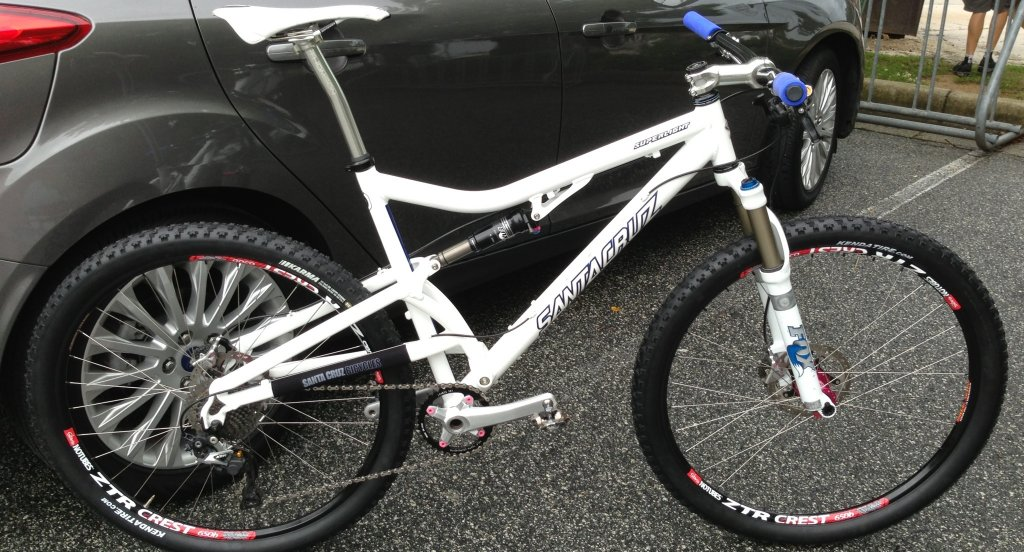 Any ideas? New WW-ish Santa Cruz 650b build-image.jpg