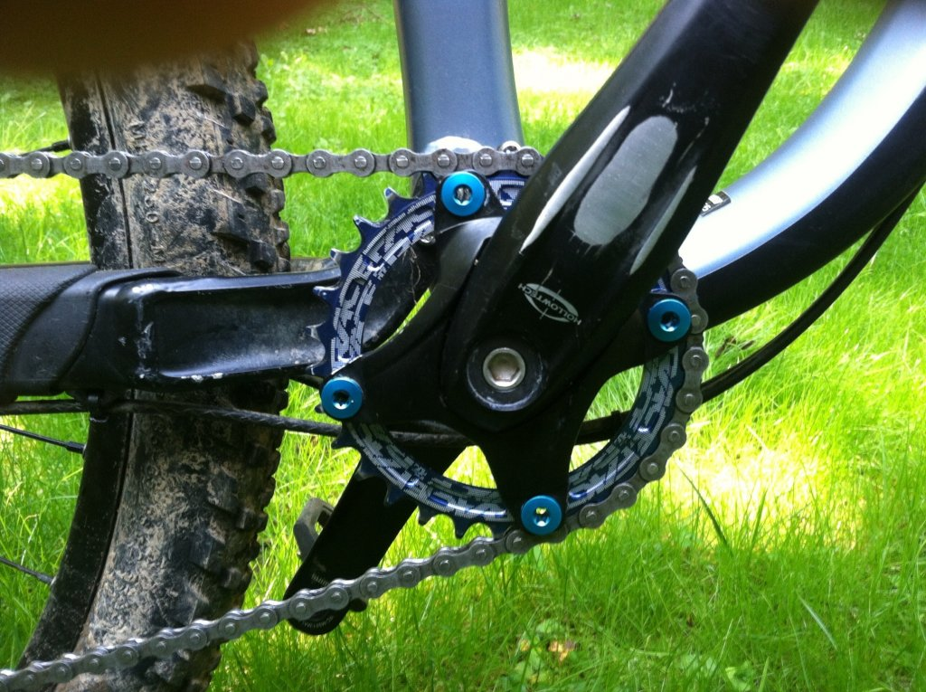 Race face 30t narrow wide chain ring-image.jpg