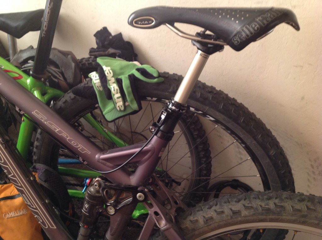 Anyone running Stealth Cable route in seat tube for dropper post?-image.jpg