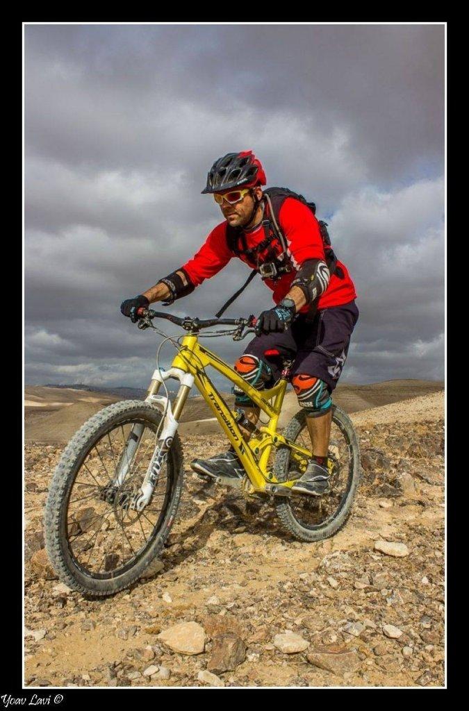 Covert run in the Israeli desert-image.jpg