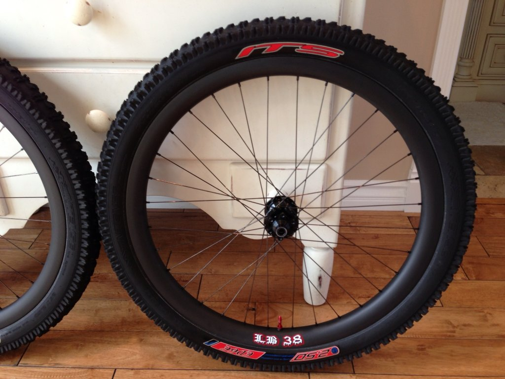 26in chinese carbon all mountain rim-image.jpg