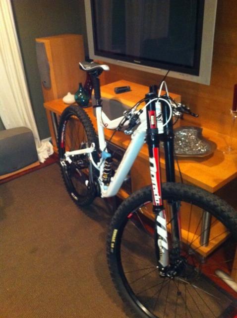 my bike looks sad need stem and bar ideas?-imageuploadedbytapatalk1308190200.298381.jpg