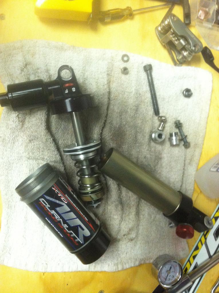 Rebuilding A Curnutt Air Shock-imageuploadedbytapatalk1310864493.389899.jpg