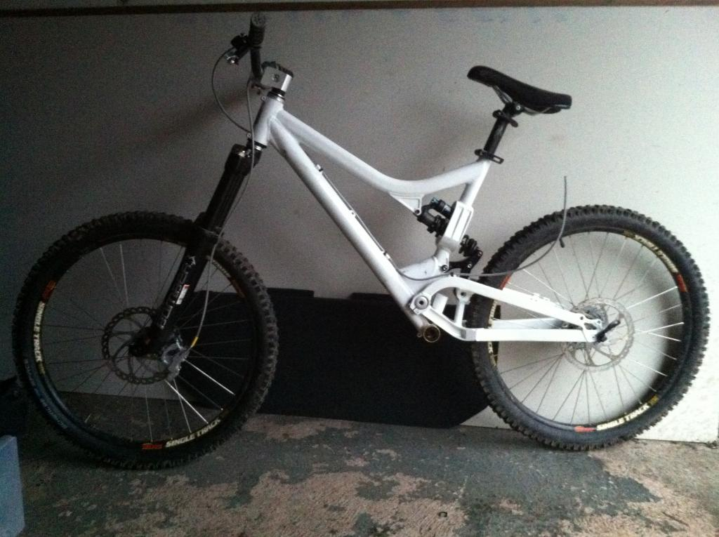 Post a pic of your Commencal!-imageuploadedbytapatalk1325296669.478558.jpg