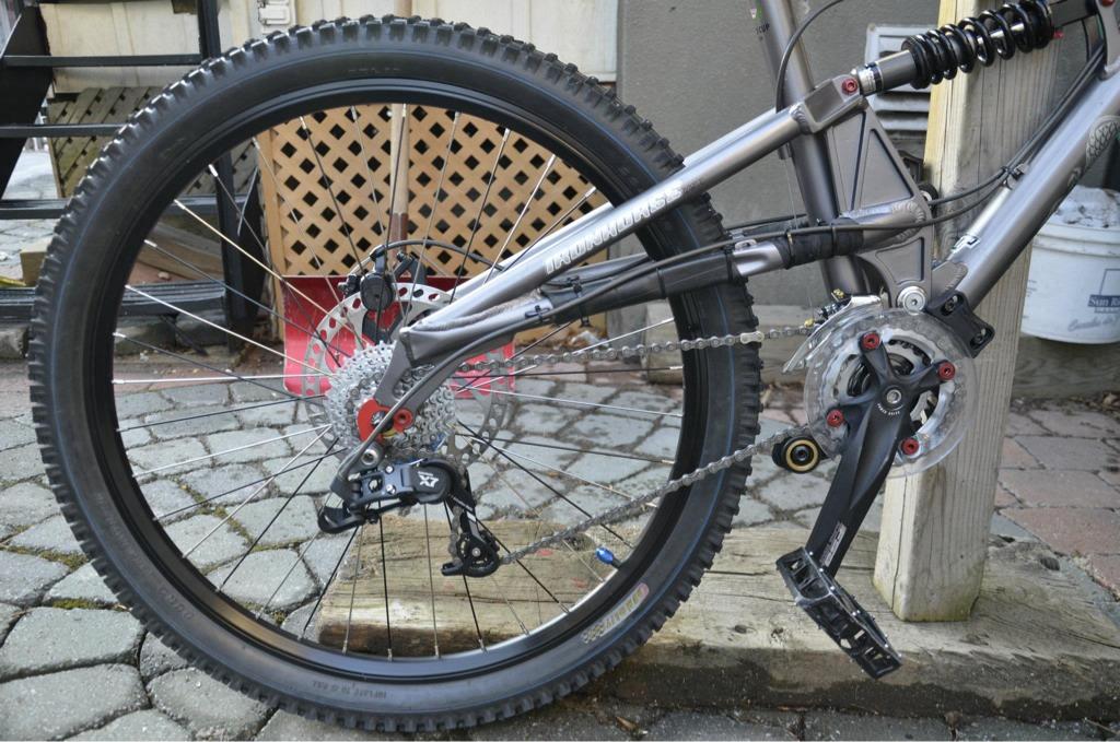 Too clean to be true (I love my bike)-imageuploadedbytapatalk1332563007.753716.jpg