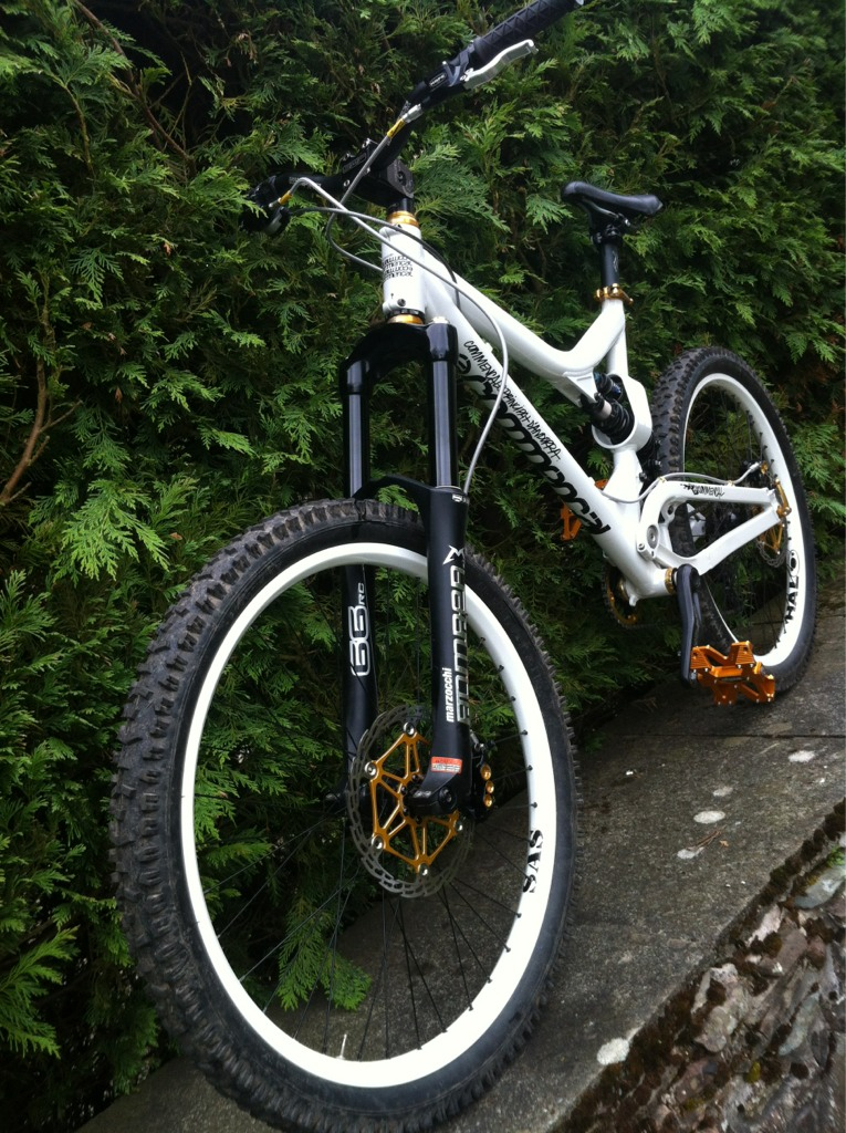 Post a pic of your Commencal!-imageuploadedbytapatalk1338603760.056175.jpg