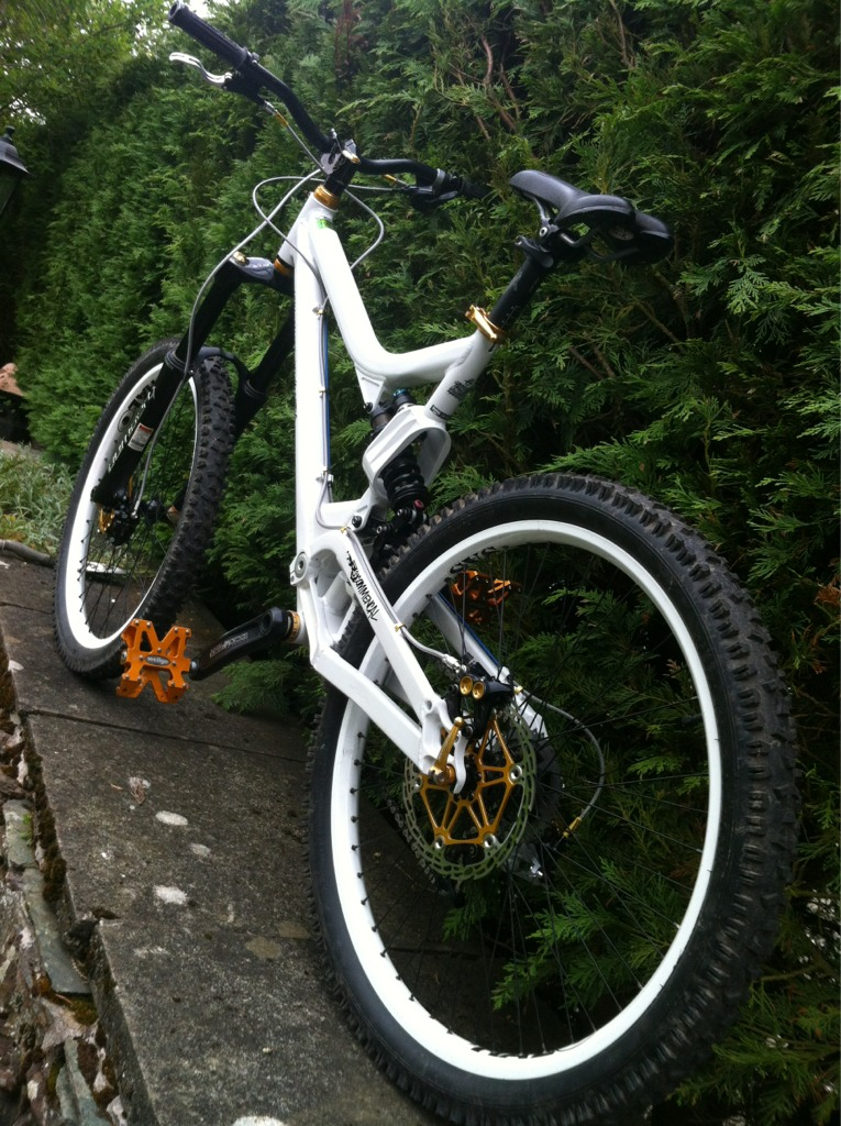 Post a pic of your Commencal!-imageuploadedbytapatalk1338603785.537710.jpg