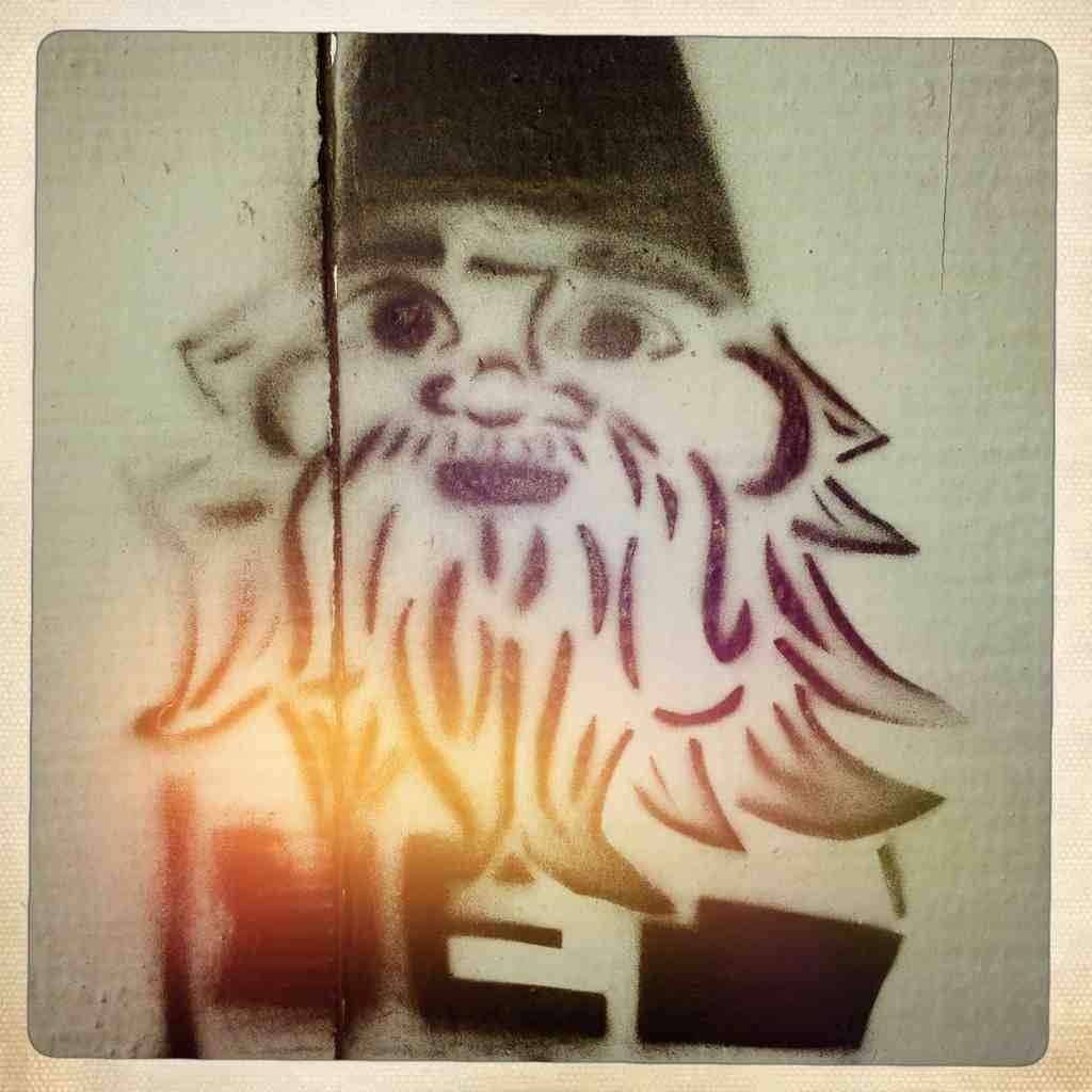 Graffitti....seen any....Post some Pics..-imageuploadedbytapatalk1348620001.302052.jpg
