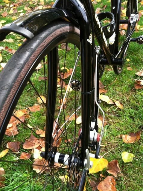 Fixed wheelset-imageuploadedbytapatalk1352412327.057219.jpg