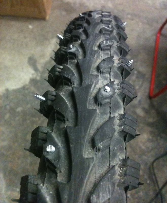 New DIY studded tire thread ! Post your ideas and experiments :)-imageuploadedbytapatalk1354425044.990287.jpg