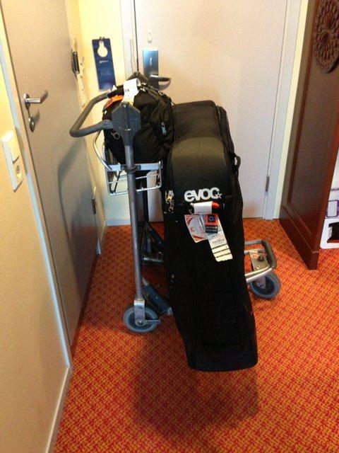 EVOC Travel Case-imageuploadedbytapatalk1371142319.539588.jpg