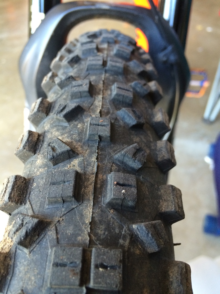 Another Schwalbe tubeless tire blow off-imageuploadedbytapatalk1411843859.820474.jpg