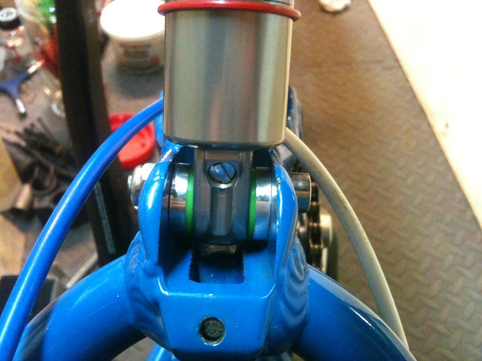 Monarch RT3 leaking oil from compression knob - please help-imageuploadedbytapatalk1434316719.275875.jpg