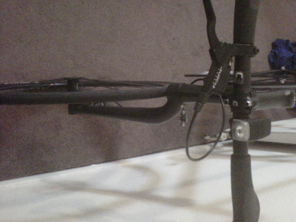 Name this bike please help look at pic-img-20110628-00006.jpg