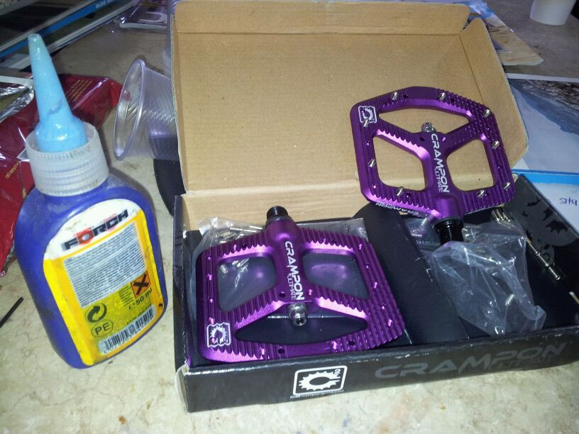Is this the Crampon 2 pedal?-img-20120716-wa0008.jpg