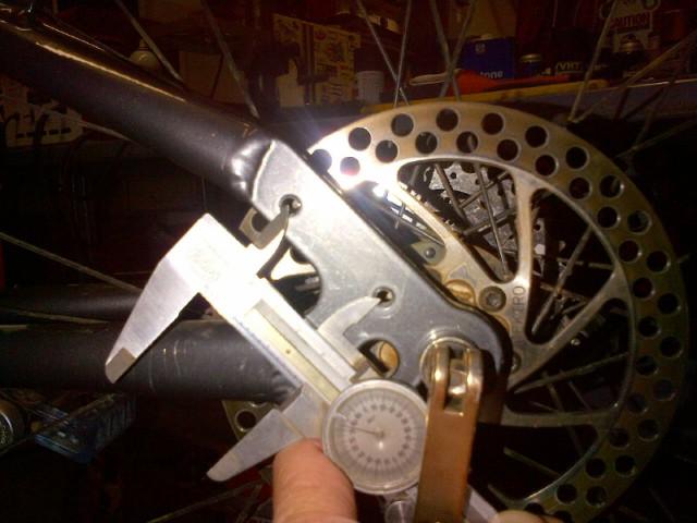 Disc brake adapter for Avid Juicy 5-img-20121010-00805.jpg