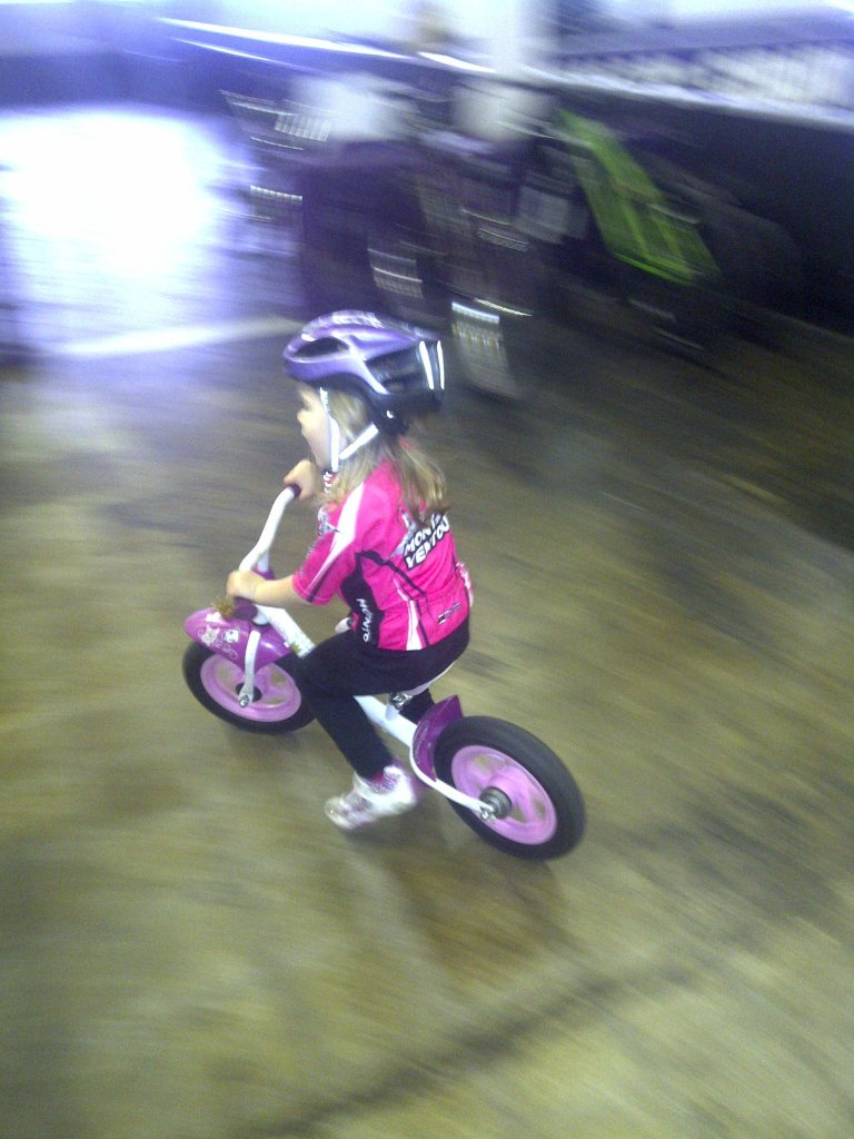 Is there an indoorMTB bike park in Ontario?-img-20121026-00814.jpg