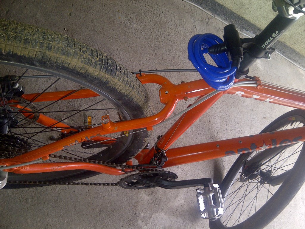 Need Help Identifying this bike.-img-20130511-00032.jpg