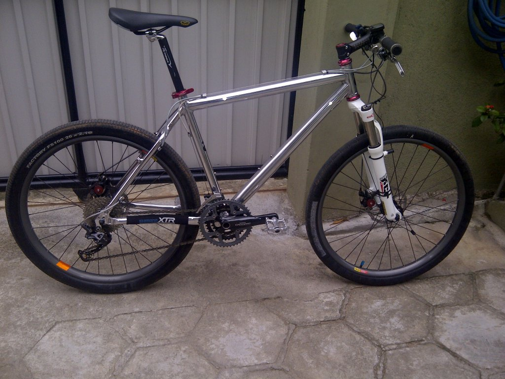 Need Help Identifying this bike.-img-20131018-00078.jpg