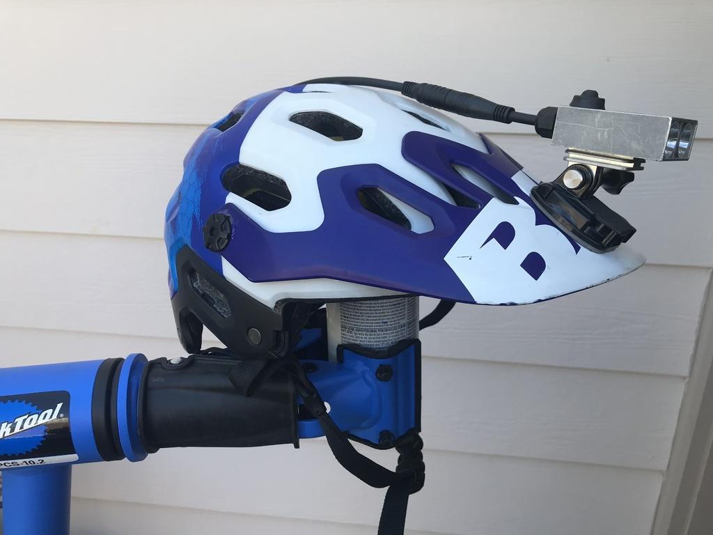 Better helmetlight ideas-img-2430.jpg