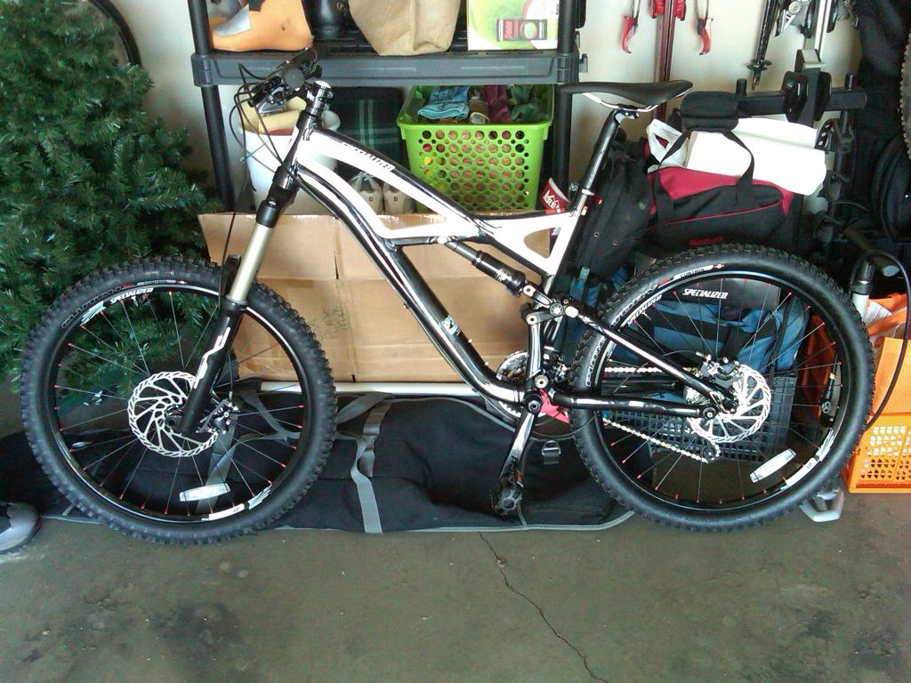 2010 Specialized Enduro: A long term review from an average guy. (With Pics)-img00006-20110422-1350.jpg