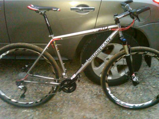 I discovered who manufactures all Motobecane Titanium Frames-img00085-20110920-1854.jpg