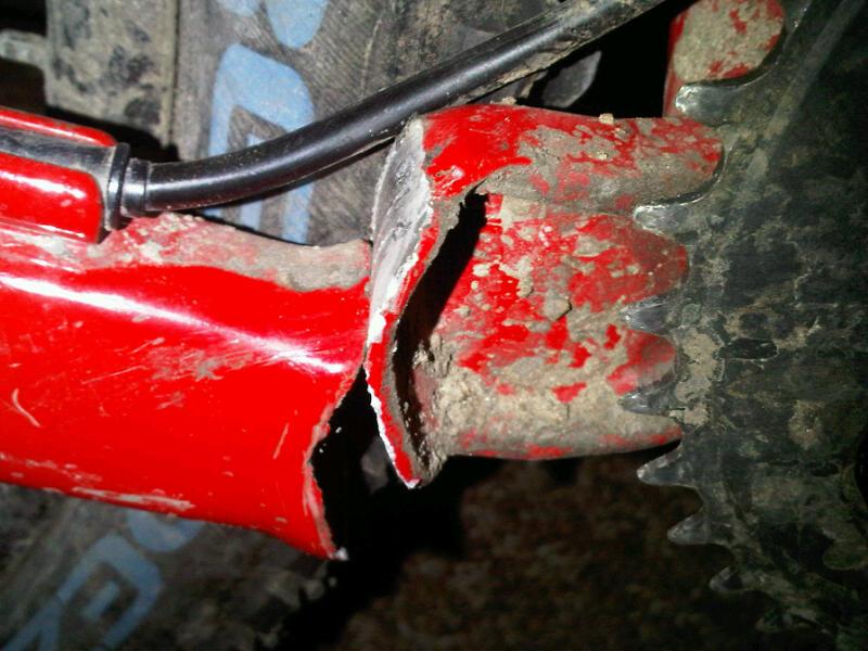 Rize 3 broken swingarm-img00182-20100418-1818.jpg