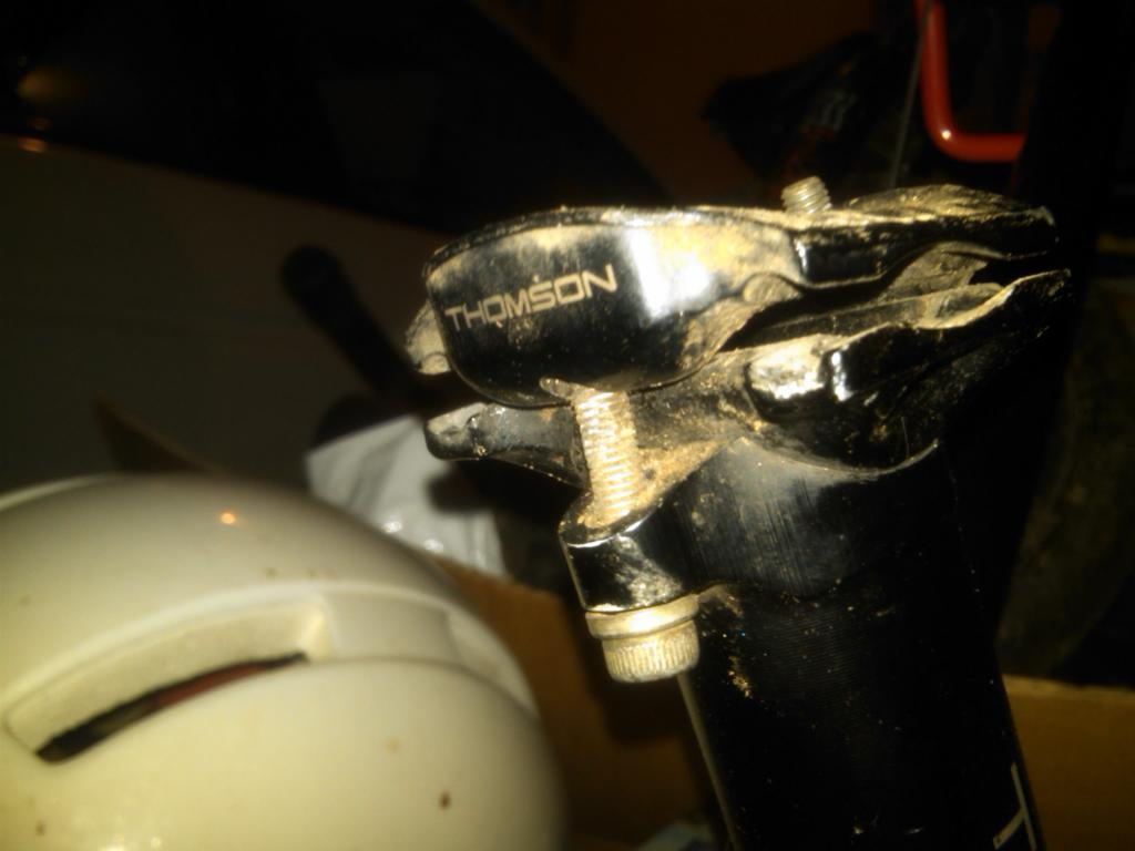 I am destroying too many saddles...need strong non-pig-like saddle suggestion-img00304-20121227-1912.jpg