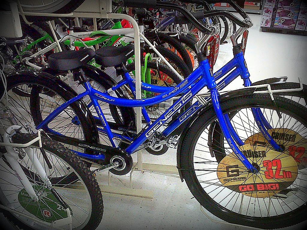 32inch wheeled bikes now at Walmart-img00356-20120601-1654.jpg