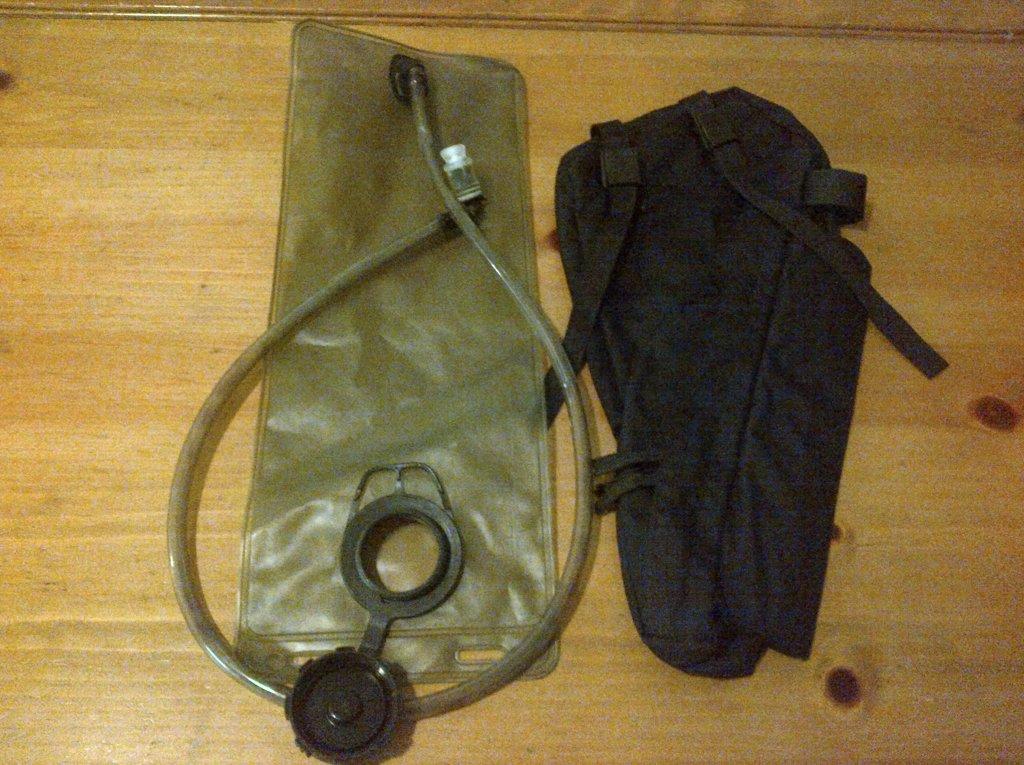 Hydration Bladder in a frame bag?-img_00000057.jpg