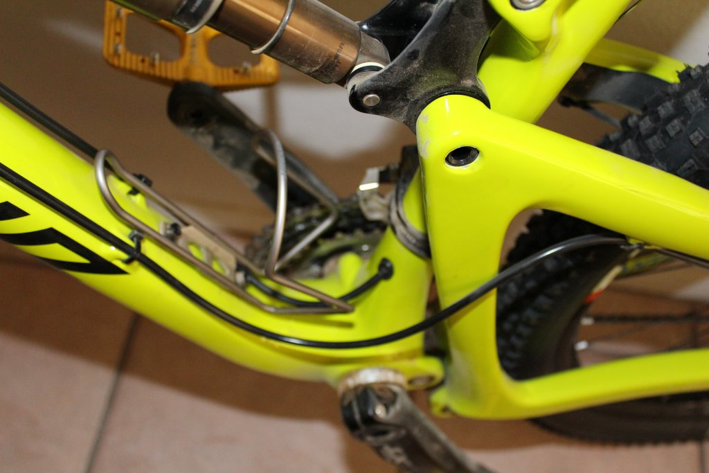 brake hose routing on Bronson-img_0005.jpg