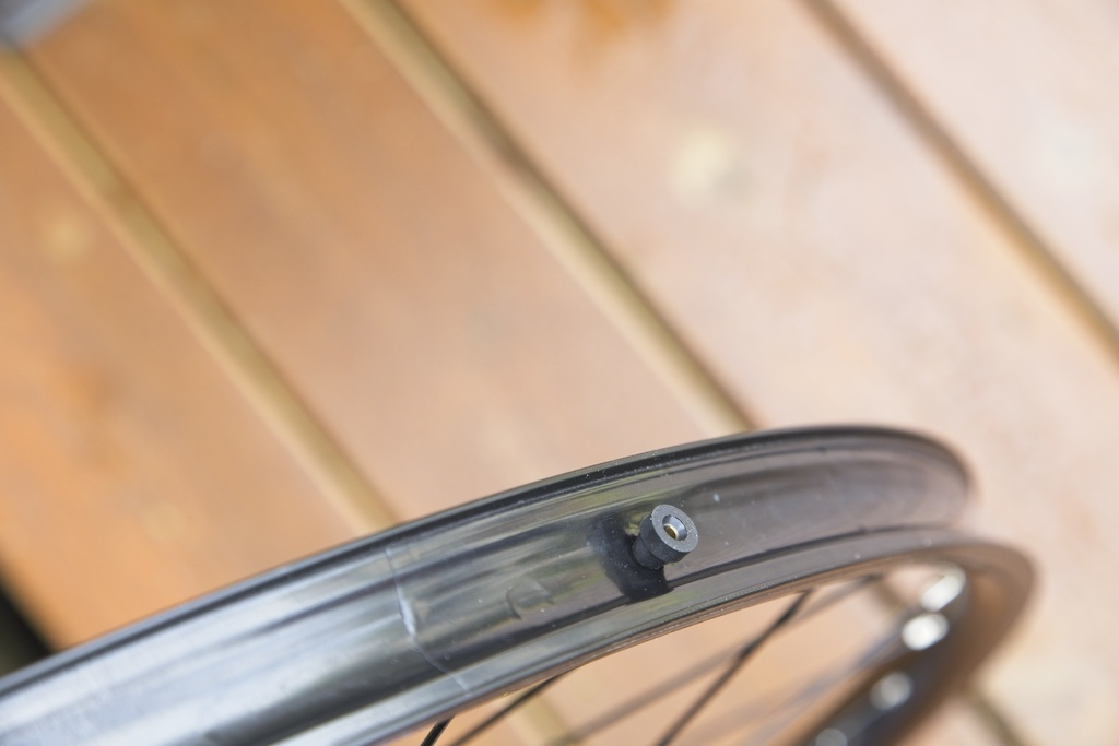 tubeless compatible rims that aren't-img_0018.jpg