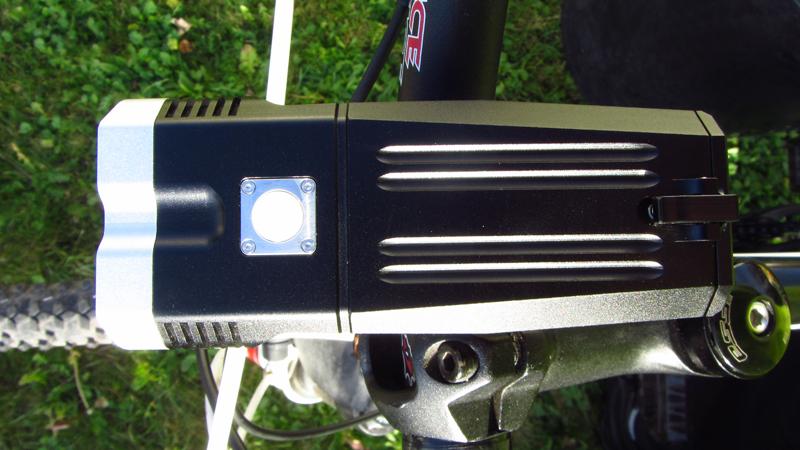 User 2 REVIEW - ITUO WIZ20 twin xm-l2 u3 1500 lumens wireless bike light-img_0036.jpg