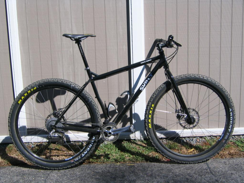 Post pics of your Surly!!!-img_0037.jpg