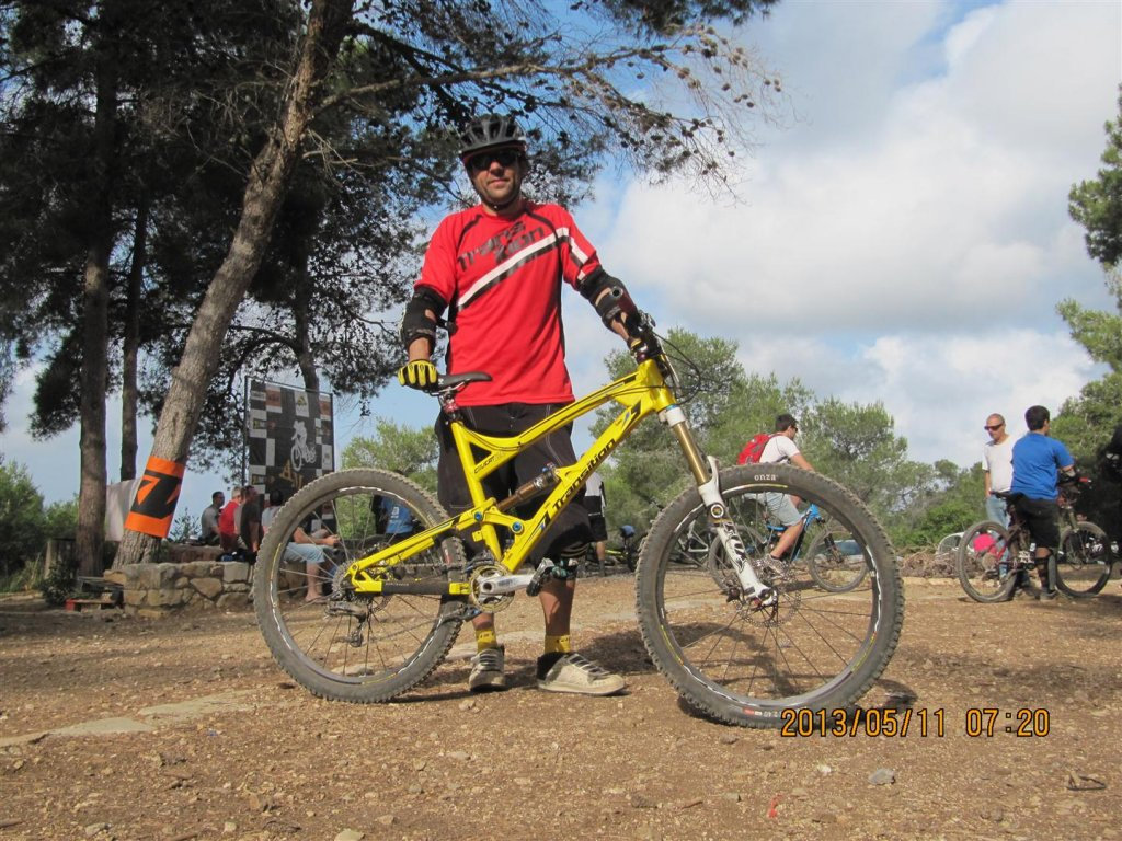 Here some pic of Transition riders and bikes  from AM race in Israel-img_0051-large-.jpg