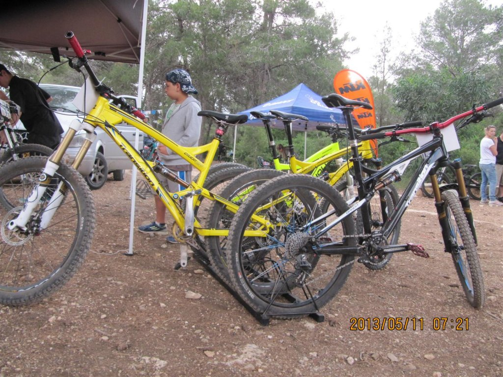 Here some pic of Transition riders and bikes  from AM race in Israel-img_0052-large-.jpg