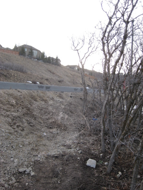Why did UDOT build a wall at the top of the Mercer Hollow Trail?-img_0084.jpg