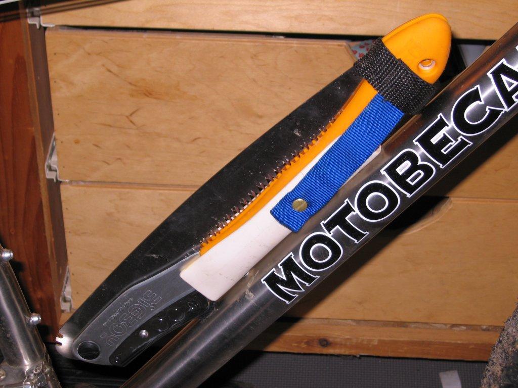 Handsaw Mounted On Bike-img_0093.jpg