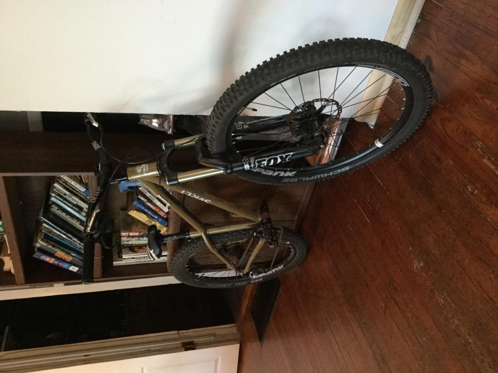 Post pics of your Surly!!!-img_0100.jpg