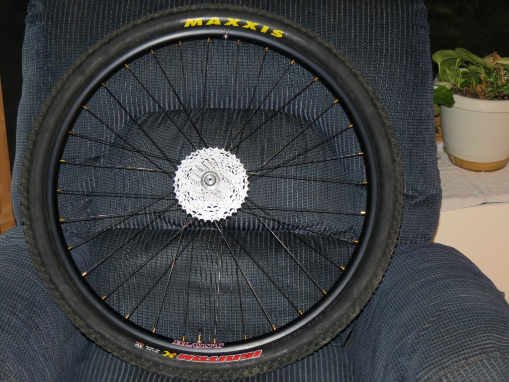 Lets see some blinged out wheelsets..I9,CK,Hope..anything goes!-img_0105.jpg