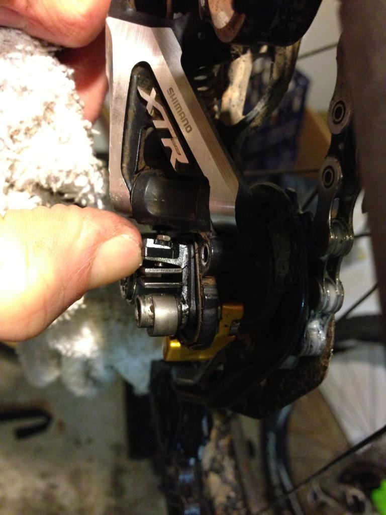 Has Anyone Else Broken a Shimano Clutch RD?-img_0122.jpg