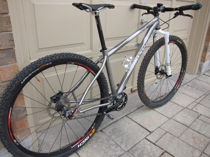 Post pictures of your titanium frames with rigid forks!-img_0138.jpg