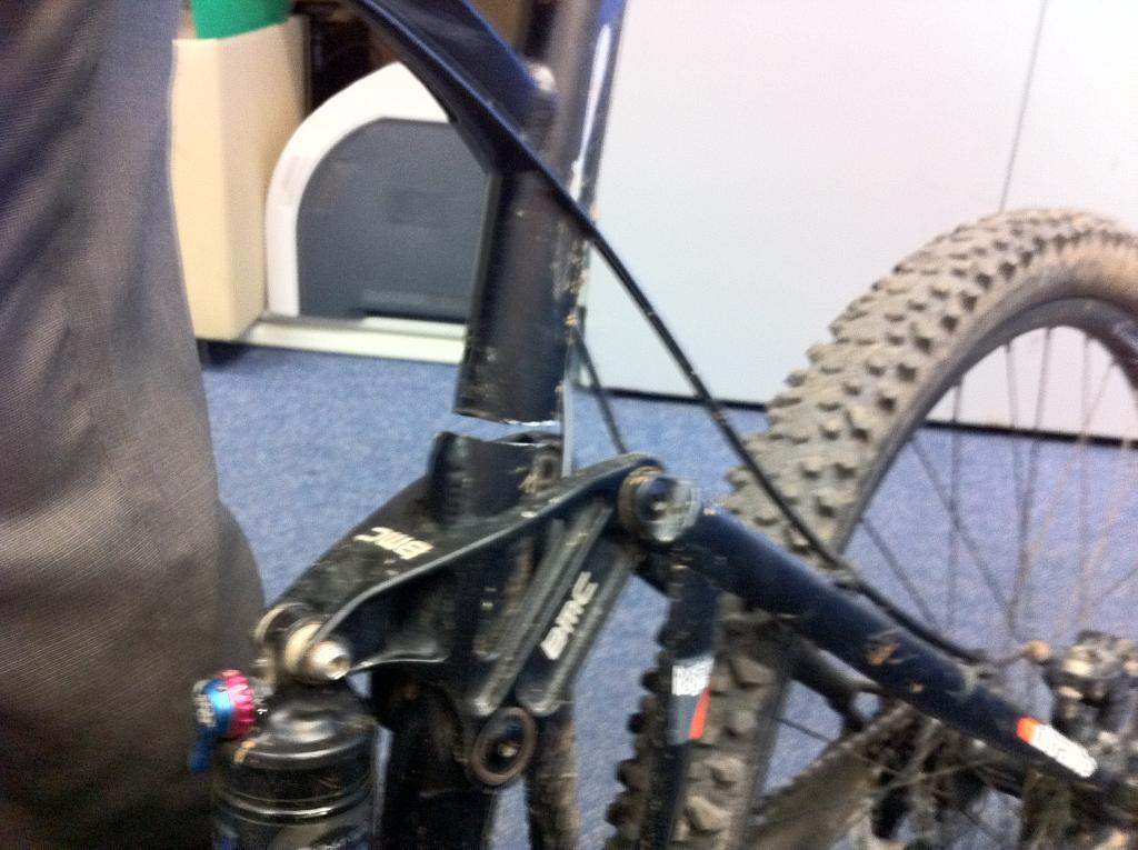 Do want: 2012 Trailfox Carbon and stuff-img_0169.jpg
