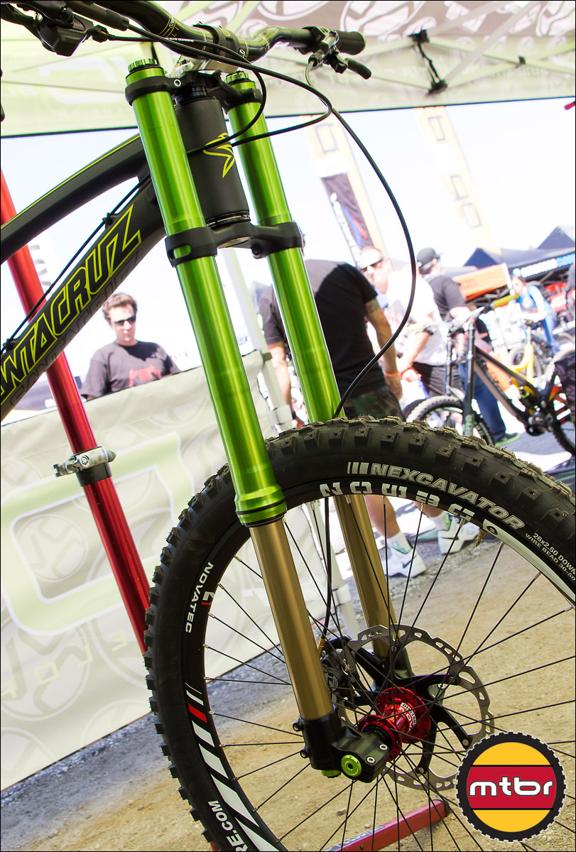 DVO Emerald Fork - 42mm Uppers & 36mm Stanchions