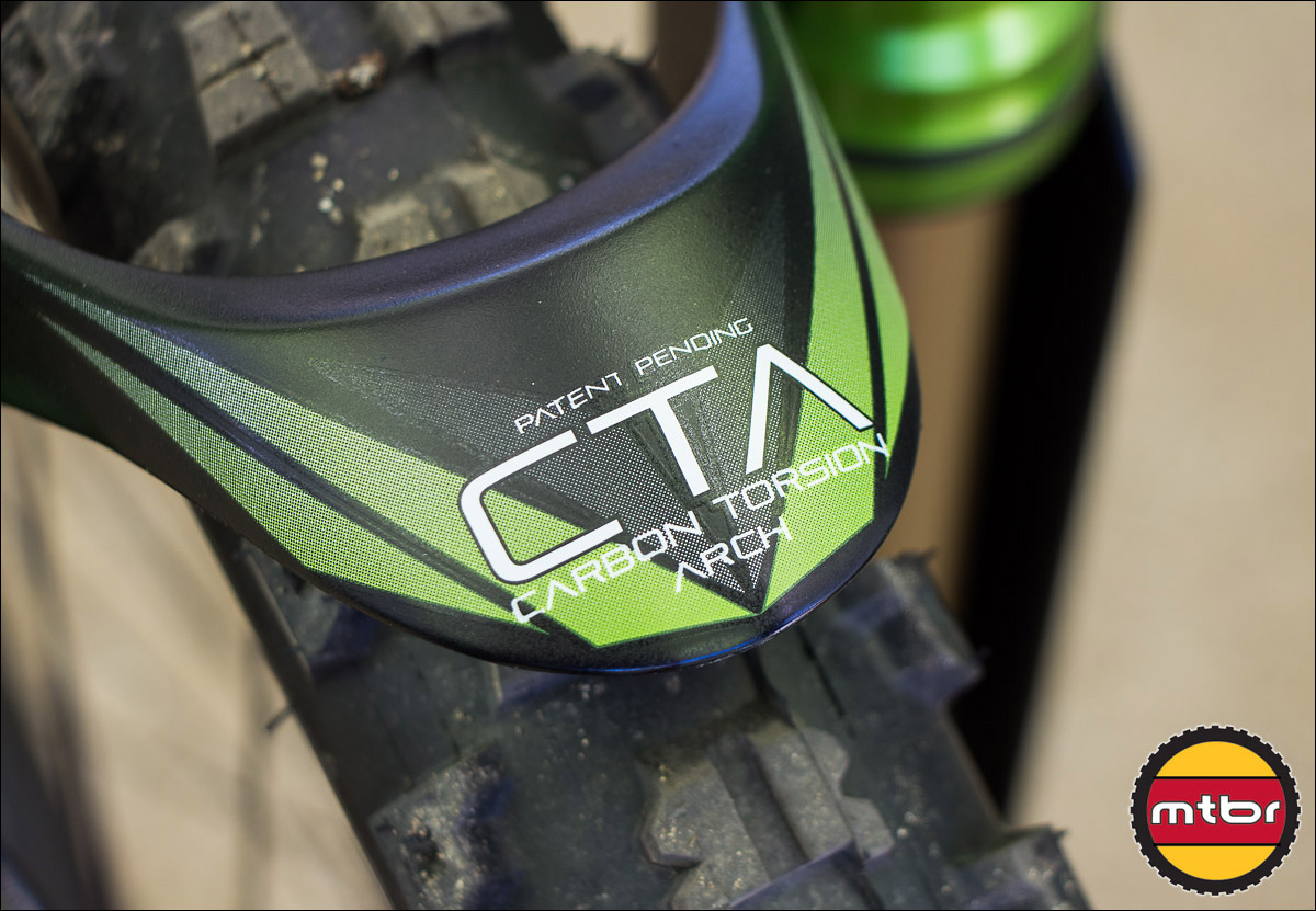 Carbon Torsion Arch Closeup - DVO Emerald Fork