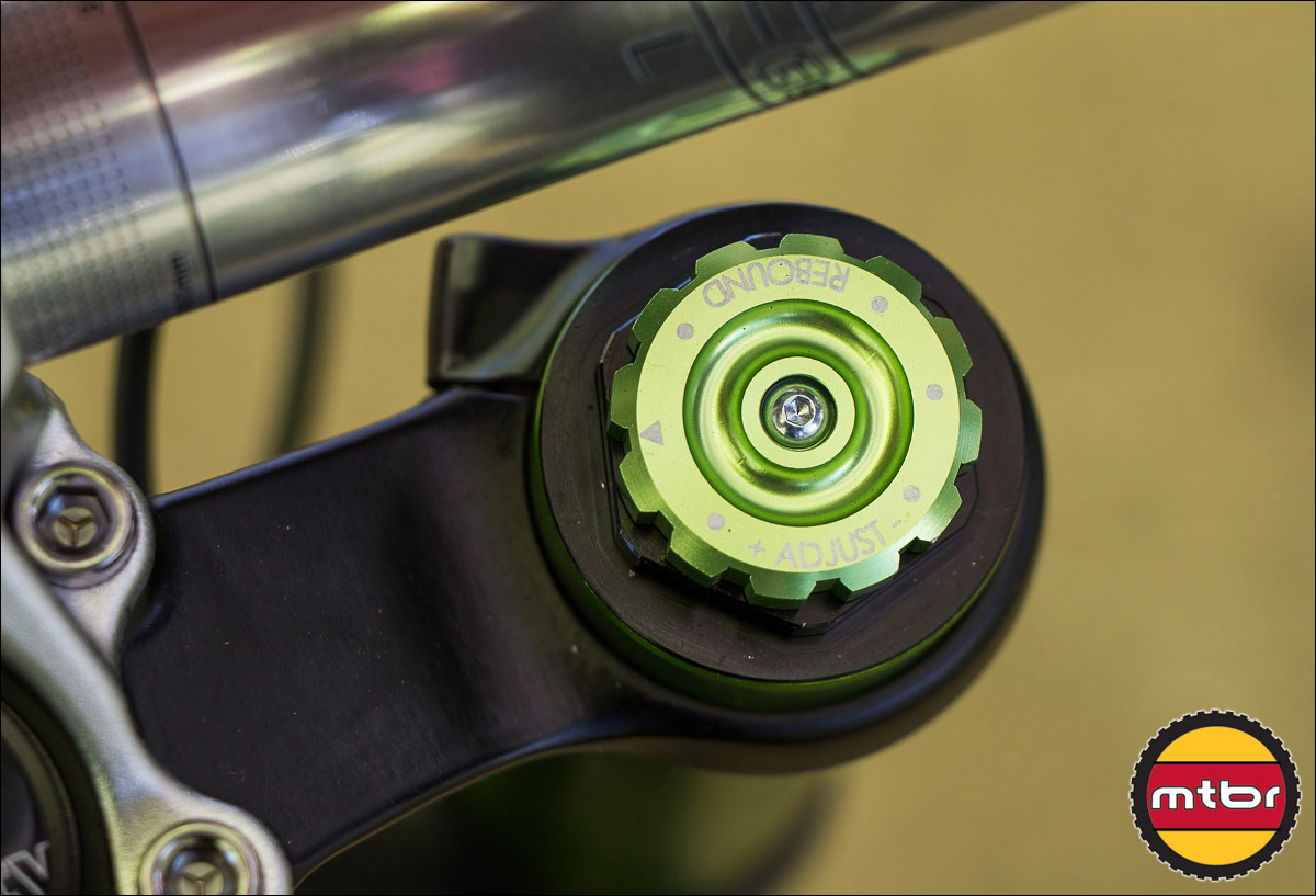 DVO Emerald Fork - Rebound Adjust Dial