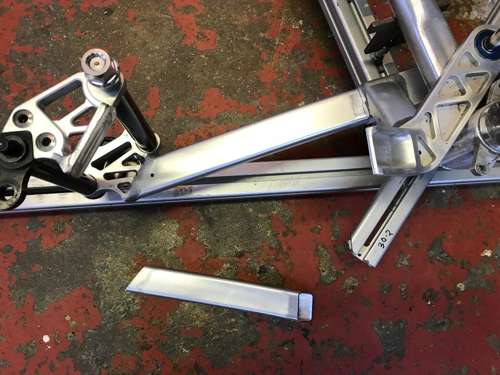 """Full suspension kids 20"""" wheeled Nukeproof MiniMega-img_0227.jpg"""