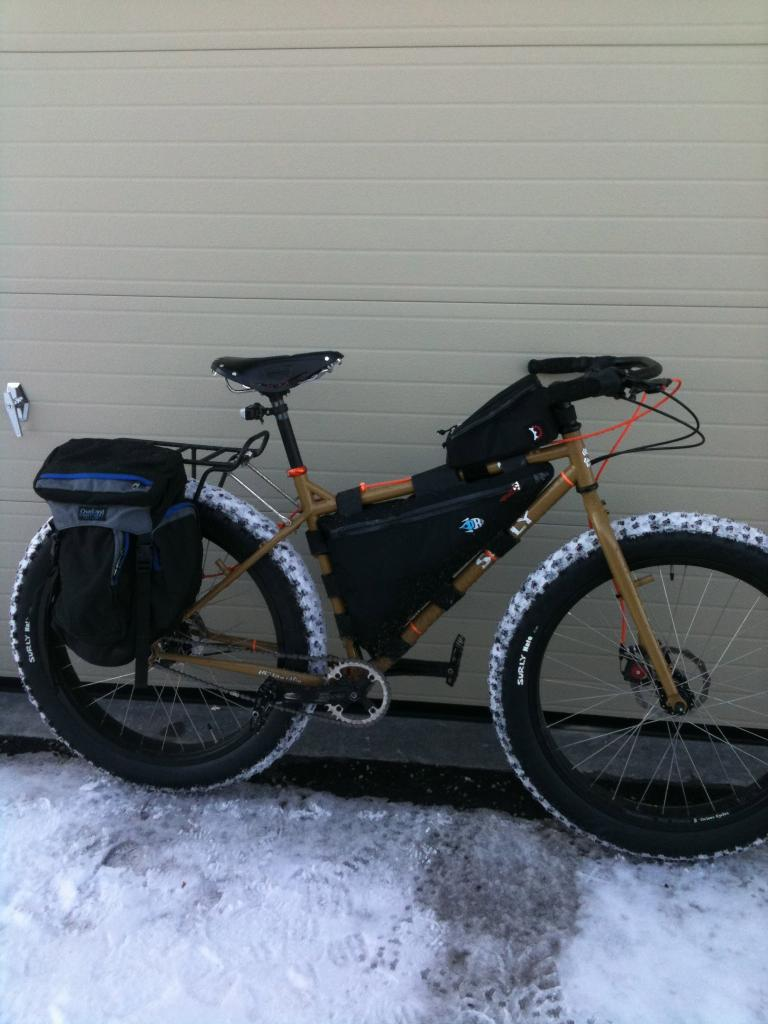 Post pics of your Surly!!!-img_0232.jpg